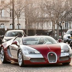 Outrageous is the only way to describe the Bugatti Veyron. The fastest production car in the world with a top speed of Normal Cars, Most Expensive Car, Car In The World, Bugatti Veyron, Hot Cars, Carbon Fiber, Cars And Motorcycles, Luxury Cars, Dream Cars