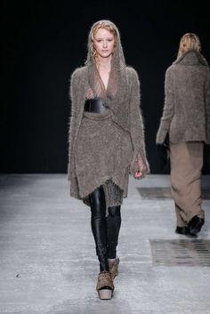 Peachoo Krejberg  photos @ fashionmag.com