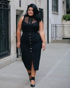 Plus fashion, plus size womens clothing, size clothing, looks plus size, . Big Size Fashion, Plus Size Fashion For Women, Curvy Women Fashion, Plus Fashion, Fashion Fashion, Unique Fashion, Fashion Online, Work Fashion, Trendy Plus Size Clothing