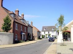 Panoramio - Photo of # POUNDBURY - A new (c2002) settlement following ...