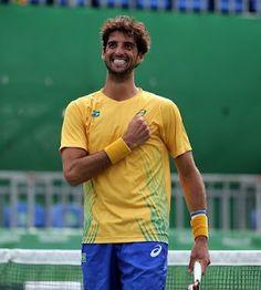Blog Esportivo do Suíço:  Bellucci começa bem, leva susto e vence no sufoco pela Copa Davis