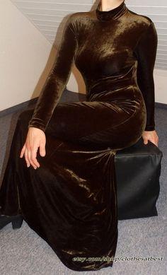 Nicki rostbraunes/green Velvet long sleeved by ClothesAtBest
