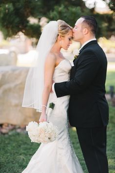 The Turnip Rose Wedding Costa Mesa. Classic, glamorous and modern Jewish ceremony. Timeless, Beautiful, Candid Wedding and Portrait Photography by New Love Photography