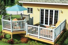 Charming octagon shaped  seating area is found on this deck plan.  # 391245