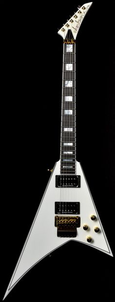 Wild West Guitars : Jackson Custom Shop Randy Rhoads Flying V Snow White...WOW!!! http://www.guitarandmusicinstitute.com