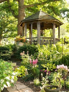 Beautiful pergolas, metal or wooden gazebo designs add charming and romantic atmosphere to yard landscaping. High quality pergola and gazebo designs look elegant, stylish and professional, creating gorgeous details to garden ideas. Lushome collection presents spectacular pergola and gazebo ideas tha