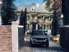 "Dinantes_miniature 🇫🇷🇧🇪 on Instagram: ""#dinantes#dinante#miniature#miniatures#miniaturescale#miniaturecars#lcdmodels#majorette#matchbox#hotwheels#kyosho64#minigt64#rangerover#rangeroversvautobiography#bentleycontinentalgt#ferrari#ferrarispeciale#porsche#gt3rs#luxurycars#maison#beautifulhouse#architecture#photography#diecastdiorama#dioramas164#164#164scalediecast"""