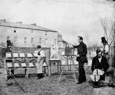 The studio in Reading , calotype, about 1845    http://de.academic.ru/dic.nsf/dewiki/1514610