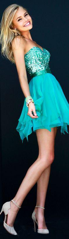 short green gown #dress #fashion #elegant #prom