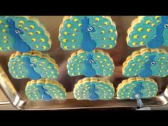 Peacock Cookies - Flour Box Bakery http://www.flourboxbakery.com/blogs/tidbits/5835476-peacock-cookies-with-a-twist