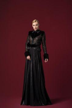 Ny Fashion, Work Fashion, Skirt Fashion, Mesh Dress, Dress Skirt, Different Dresses, Stylish Dresses, Evening Gowns, Faux Fur