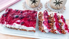Frozen Berry Icecream Slice - Rebecca Gawthorne - Dietitian Healthy Lunchbox Snacks, Healthy Toddler Snacks, Toddler Meals, Healthy Breakfast Recipes, Yummy Snacks, Kids Meals, Toddler Food, Lunch Box Recipes, Baby Food Recipes