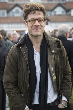 61026111563 James Norton in a Barbour to watch horse racing Actor James