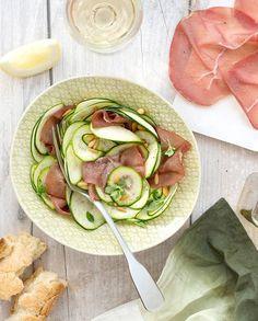 Salade de courgettes à la bresaola pour 4 personnes - Recettes Elle à Table