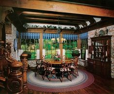 The breakfast room featured a late-17th-century drop-leaf table made of yew wood. Among the many objects on display were pieces from Bone's vast pewter collection.
