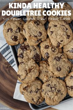 Up your staycation game with this healthier spin on the classic DoubleTree cookies. The recipe cuts just enough corners to make a low carb cookie that's crispy around the edges, soft and chewy in the center, and unbelievably delicious! Healthy Sweet Treats, Healthy Baking, Healthy Desserts, Easy Desserts, Delicious Desserts, Healthy Foods, Healthy Recipes, Low Carb Protein Powder, Protein Powder Recipes