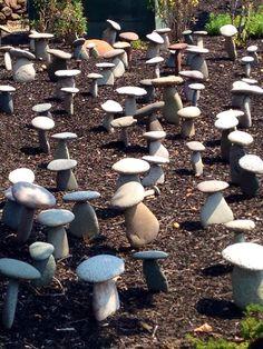 DIY Garden Decor Ideas for a Budget Backyard Mushroom rocks - Modern Rock Garden Design, Rock Design, Landscaping With Rocks, Backyard Landscaping, Backyard Ideas, Diy Garden Ideas On A Budget, Backyard Decorations, Diy Garden Decor, Garden Art