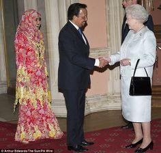Wealthy: Her Majesty meets the Sultan of Brunei and wife Raja Isteri Pengira Anak Hajah Saleha