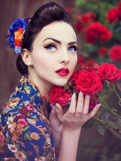 Idda van Munster: LINDY BOP 'VIVI' Vintage 1950's Spring Garden Floral Print Dress