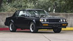 Here are 11 muscle cars that are often forgotten to time and 13 that are simply unforgettable.When we think of muscle cars, the first things that cross our mind Pontiac Gto, Chevrolet Camaro, Corvette, 1987 Buick Grand National, American Muscle Cars, Car Manufacturers, Car Photos, Old Cars, Cars Motorcycles