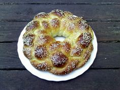 Snacking in the Kitchen: What to Eat on Rosh Hashanah: Traditional Jewish New Year Food