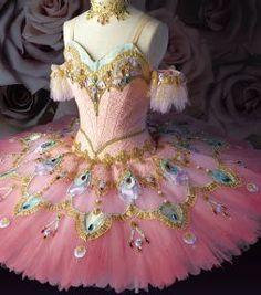 Pink Japanese costume. www.theworlddances.com/ #costumes #tutu #dance