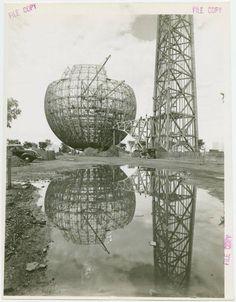 Trylon and Perisphere under construction, New York World's Fair 1939-40.