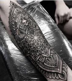 Matt Finch - Atelier Four Dotwork, Geometric and Ornamental Tattooing.