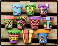 Idea Of Making Plant Pots At Home // Flower Pots From Cement Marbles // Home Decoration Ideas – Top Soop Flower Pot Art, Flower Pot Design, Flower Pot Crafts, Clay Pot Crafts, Diy And Crafts, Arts And Crafts, Painted Plant Pots, Painted Flower Pots, Painted Pebbles
