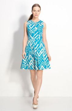 Geometric print and simply lovely.