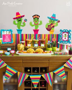 Party Decorations Mexican Fiestas New Ideas Mexican Birthday Parties, Mexican Fiesta Party, Fiesta Theme Party, Taco Party, Mexico Party Theme, Mexico Party Decorations, Mexican Decorations, Kinder Party Snacks, Party Time