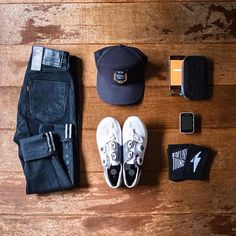 Julia Favero | Latest addiction 😍: • @leviscommuter for looking sharp while riding ✨ • @oakley cap to protect myself from the summer fire ball ☀️ • @iamspecialized_road shoes always 💅 •@stravacycling Premium : coolest thing ever when you have a bike computer 🏆 • @maap.cc x @bellroy weather resistant phone case 👌 • @garmin : DATAAA 😍 • @fingerscrossed.design : sockdoping (thanks @bicyclingaround 😘)
