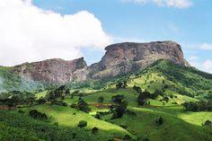 Campos do Jordão, localizada no pé da Serra da Mantiqueira, se tornou destino…