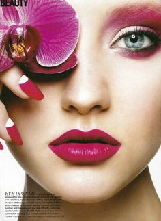 Diana Carreiro, makeup artist extraordinaire - Filed under 'Yaby Cosmetics'