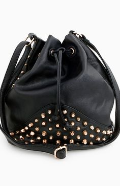 Studded Bucket Bag//DailyLook I am in ♡ I just ordered this gorgeousness!!