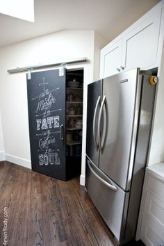 VINTAGE & CHIC: decoración vintage para tu casa [] vintage home decor: Con un poco de tiza y mucho arte [] With a bit of chalk a lot of art