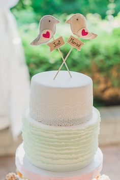 Fabric bird cake topper.