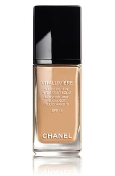 CHANEL VITALUMIÈRE MOISTURE-RICH RADIANCE FLUID MAKEUP SPF 15 | On my wish list!