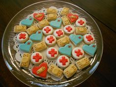 The Chic Cookie: Medical bites Cut Out Cookies, Sugar Cookies, Nurse Cookies, Cake Boss, Looks Yummy, Cookie Designs, Cookie Recipes, Cookie Ideas, Bake Sale