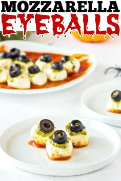 Mozzarella Eyeballs made with marinara sauce, pesto, olives, and cheese are creepy deliciousness perfect for a Halloween appetizer! Kitchen Recipes, My Recipes, Holiday Recipes, Dessert Recipes, Favorite Recipes, Holiday Foods, Southern Recipes, Amazing Recipes, Delicious Recipes