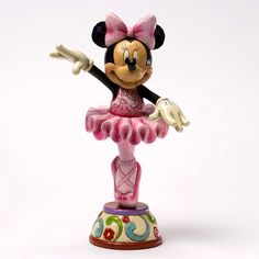 It's never too early for a ballerina to start rehearsals for the Sugar Plum Fairy! MINNIE MOUSE AS SUGAR PLUM FAIRY FIGURINE (Jim Shore Disney Traditions)