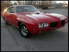 1970 Pontiac GTO  400 CI, Automatic 1970 Chevrolet Chevelle SS Pro Touring 502/502 HP, 4-Speed - Mecum Auction (withdrawn from sale, April 2014)