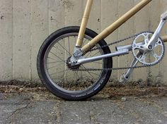 informed by the sustainable properties of bamboo, this bamboo bicycle made by belgium industrial designer michael verhaeren were based on buckminster fuller's geodesic domes.