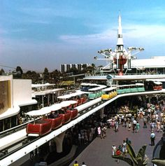 Here you will find a collection of photographs, videos, and other random things related to Vintage Disney Parks! We try to have everything sourced, so please leave it that way! Retro Disney, Old Disney, Disney Love, Disney Magic, Disney Stuff, Disney Theme, Disney Cast, Tomorrow Land, School Tomorrow