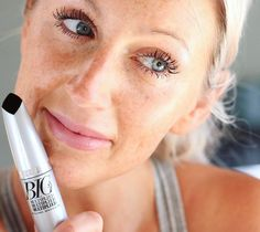 Avonin BIG & multiplied-ripsari jatkoon! 💫 #avon #lashes #makeup @avonfinland #gifted