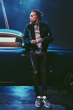 Wiz khalifa music photos of 2016 february billboard for Wiz khalifa button down shirt