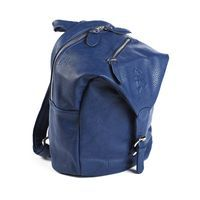 GRY palace blue- children´s bag  A backpack for children aged 2-6, approximately.  Convenient for smaller trips with tha daycare or school as it has a large compartment, several smaller pockets and a pocket made especially for a bottle.  The design is very playful and fantasy-inspiring and the colours will surely add some flavour to your childs outfit.    Price: 399 DKK / 55 €