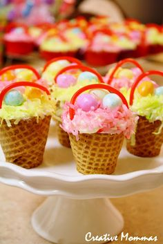 So Easy (Make with whole family) Cake Mix Easter Basket Cupcakes