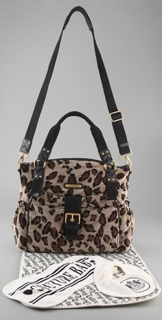 I NEED this. My diaper bag is already a juicy but not leopard! LOVE LOVE LOVE
