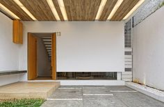 Gallery of Splow House / Delution Architect - 6
